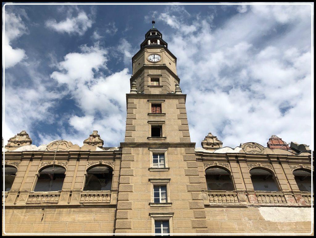 Pałac Gorzanów Wrocław Kobiecym Okiem