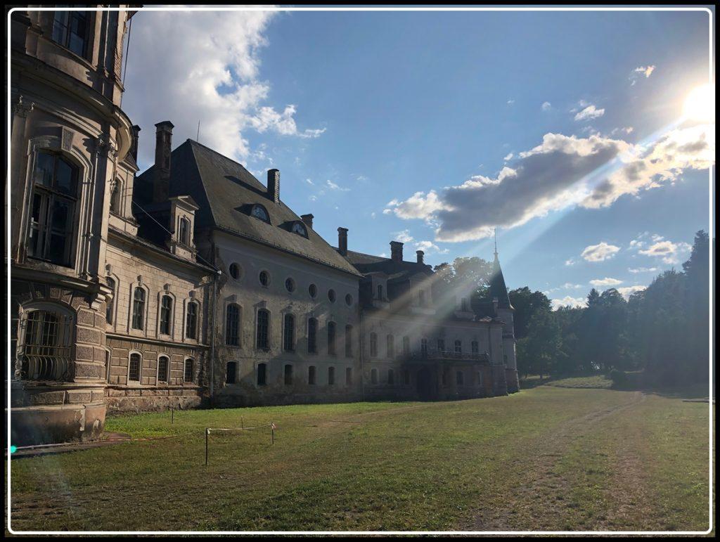 Pałac w Bożkowie Wrocław Kobiecym Okiem