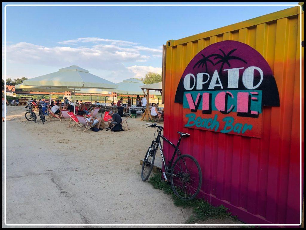 Bech Bary we Wrocławiu / Wrocław Kobiecym Okiem / OpatoVice Beach Bar